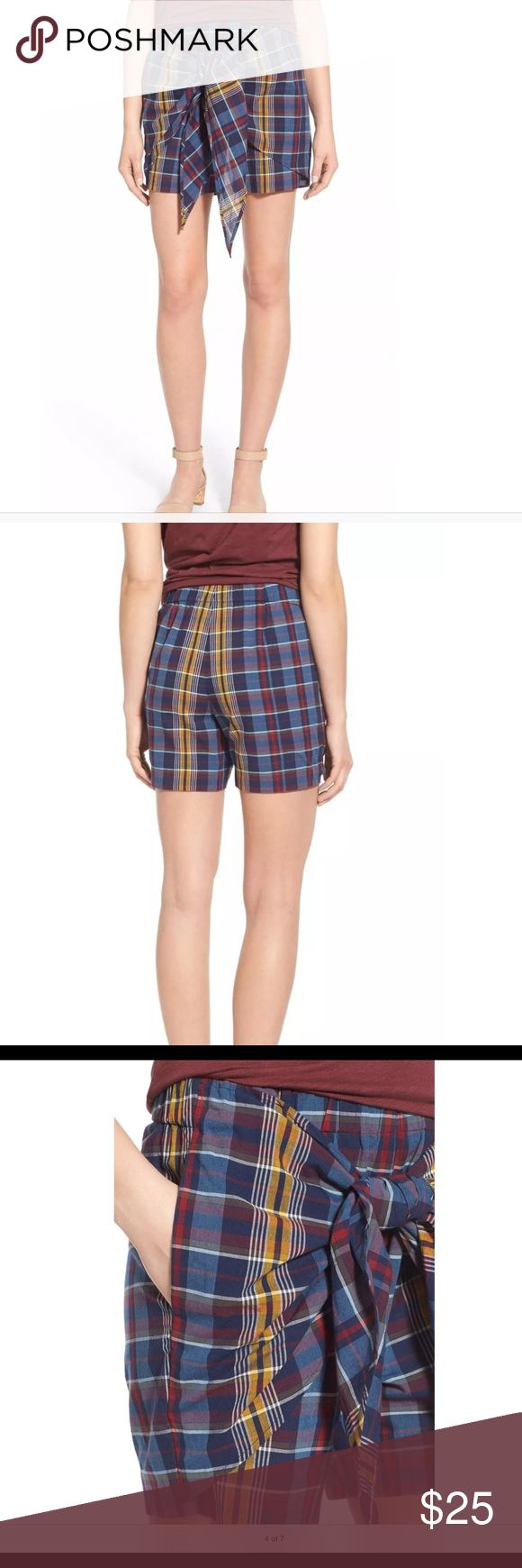 Madewell High Rise Plaid Tie Shorts XS NWT Part Bermuda shorts, part pull-on skirt, this easy plaid skort has a decidedly chill vibe.  The sarong-inspired tie front looks especially cool paired with a cropped or tucked tee. Brand new with tags, size XS.  No stains or rips.  Perfect for that winter getaway!  Made by Madewell Shoot me an offer :) Madewell Shorts Skorts