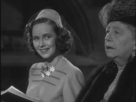 Dame Mae Whitty & Teresa Wright Mrs. Miniver, 1942