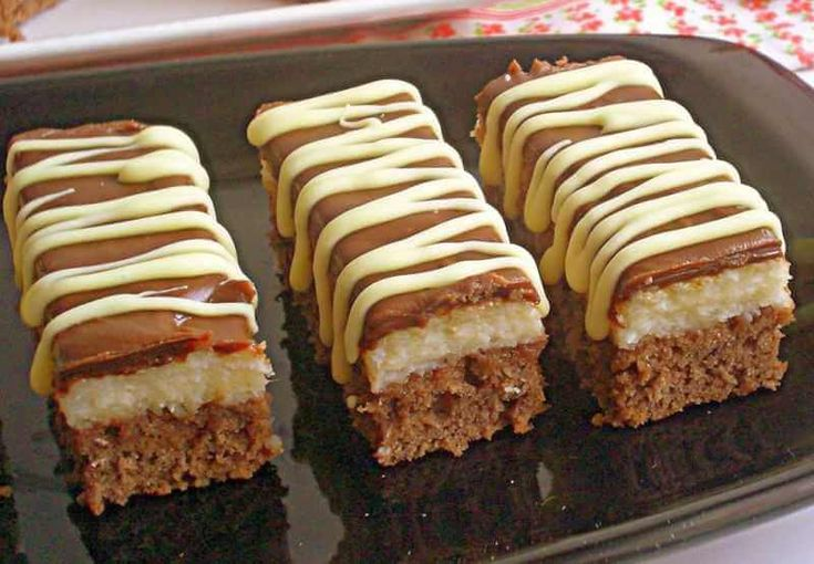 Bounty kolač – kokos kolač