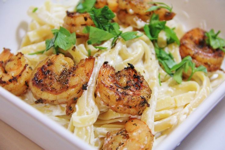 Spicy Shrimp Alfredo. Click on the photo to view the ingredients. Visit purecipes.com to discover more popular recipes. #Alfredo, #Shrimp, #Spicy #Appetizers, #Seafood
