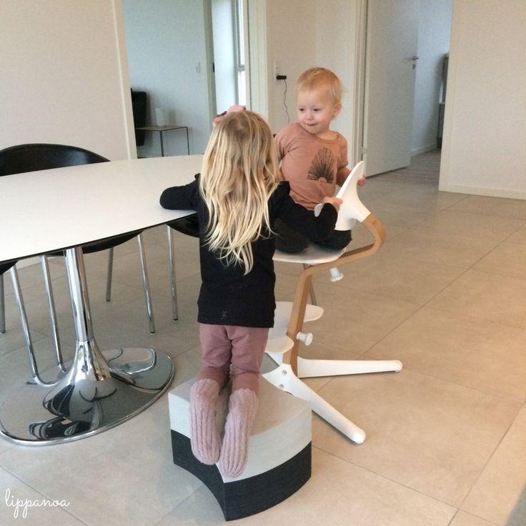 Hvis der er to ting der gør sig gældende i begge vores hjem, så er det, at vi elsker bObles og Nomi stolen fra Evomove. Alle vores børn har en Nomi stol fra Evomove, som dagligt bliver brugt med stor glæde. Siden vi begge to fik børn, har bObles været, …