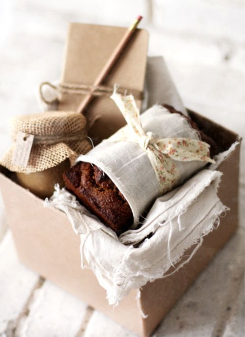 homemade gift basket. homemade loaf with home canned jam. adorable.