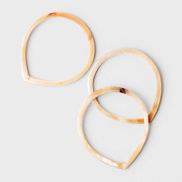 Teardrop Horn Bracelet Set - via Dara Artisans - definitely check this shop. Amazing things.