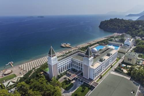 Amara Dolce Vita Tekirova Tucked away in pine forests against the backdrop of the Taurus Mountains, this award-winning beach resort offers an extensive wellness centre, leisure and sports pools, free Wi-Fi and a private beach.
