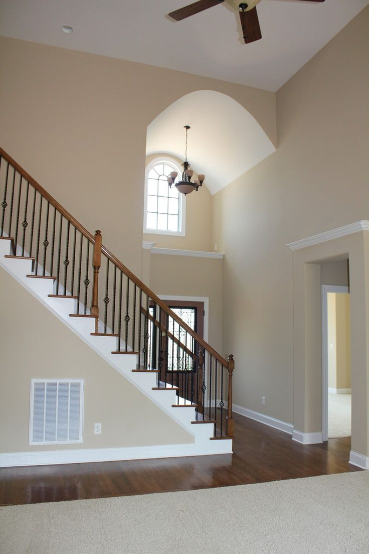 Best 25 Two Story Foyer Ideas On Pinterest Raised Ranch