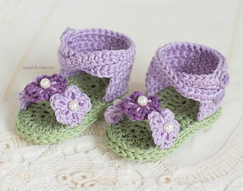 Ravelry: English Violet Baby Sandals pattern by Olivia Kent