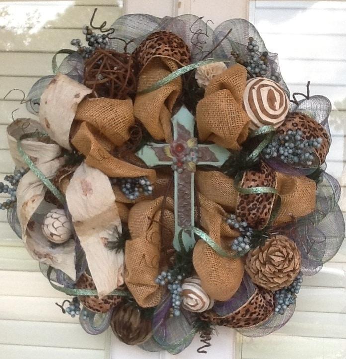 Rustic burlap Cross Wreath by HertasWreaths on Etsy