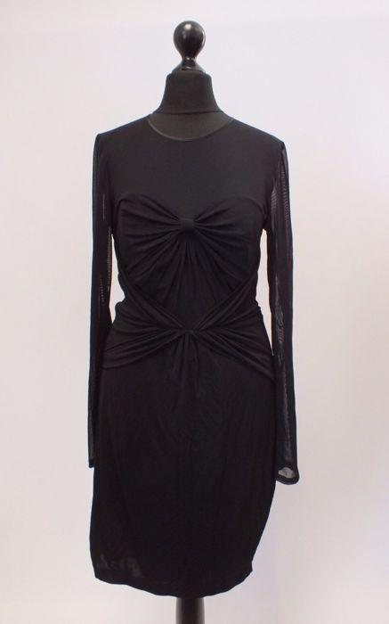 """Ted Baker - jurk  TED BAKER zwarte Mesh Bow Front lange mouw lichaam Con jurk nieuwe 2 UK10 - EU 38Raadpleeg de metingen:Oksels - oksels - 16""""(40 cm)Totale lengte - 38""""(95 cm)Taille wordt gemeten rechts naar links in inches dat aantal is verdubbeldOnderarm metingen zijn genomen op dezelfde manier maar niet verdubbeld.Het is gloednieuw komt met tags zoals u in de foto's zien kunt.RRP 139 GBP = 155 euro!Pak je een koopje!Het zal worden verzonden met Royal Mail bijgehouden en ondertekend…"""