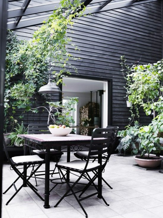 Pretty Patio Style - Avenue Lifestyle Avenue Lifestyle