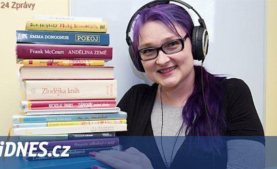 Nadšenci namlouvají nevšední audioknihy, pomáhají nevidomým i seniorům