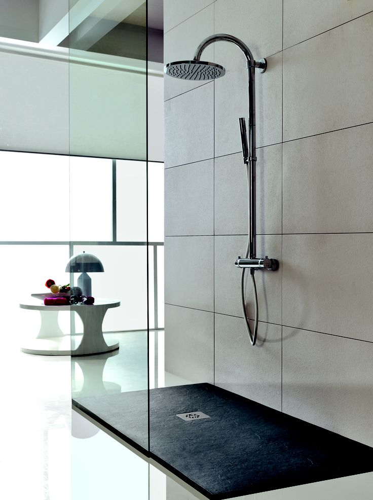 Tondo shower column by Acquaidro