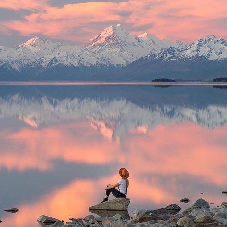 Have a nice day! Lake Pukaki, New Zealand. Photo @viktoriawanders  #worldplaces #world #beautifulworld #zenlifeterritory