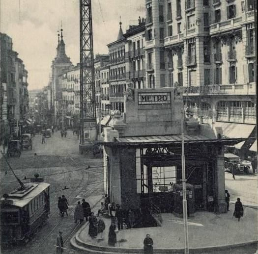 La estación de Metro de Red de San Luis en los años 20
