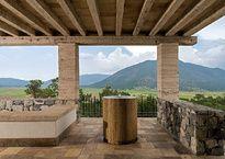 Una hermosa residencia hecha a mano e irrepetible, desde donde se ven los paisajes más bellos de las montañas de Coahuila.