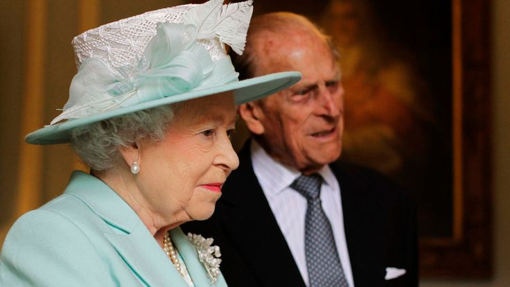 The Queen and Duke of Edinburgh are due to arrive in Northern Ireland later for a two-day visit.  The monarch will be holding separate meetings with Secretary of State Theresa Villiers, First Minister Arlene Foster and deputy First Minister Martin McGuinness at Hillsborough Castle on Monday evening.  On Tuesday Their Royal Highnesses will travel to Northern Ireland's scenic north coast for a full day of public engagements, including a tour of World Heritage site the Giant's Causeway stones…