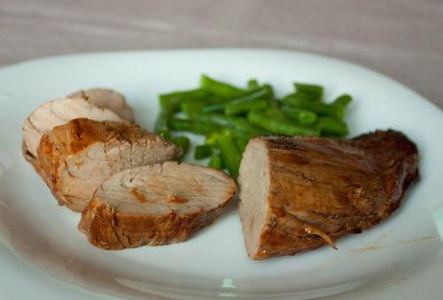 Свиная вырезка в соево-имбирном маринаде