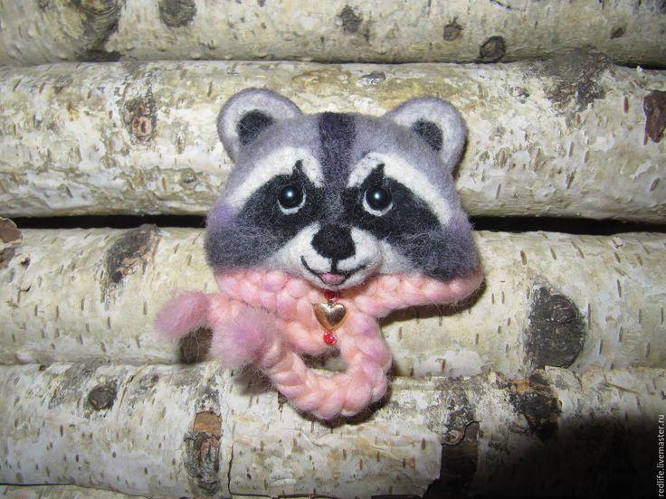Брошь валяная войлочная из шерсти Енот ( a woolen broosh raccoon ) -  енотик, енот