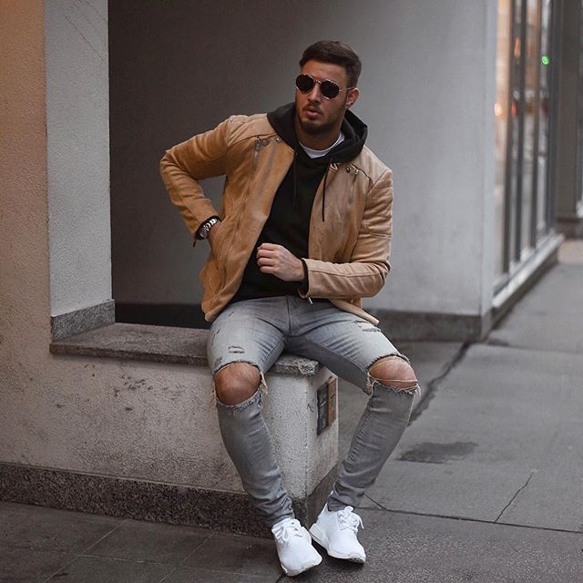 Style by @philippegazarstyle Via @gentwithstreetstyle Yes or no? Follow @mensfashion_guide for dope fashion posts! #mensguides #mensfashion_guide