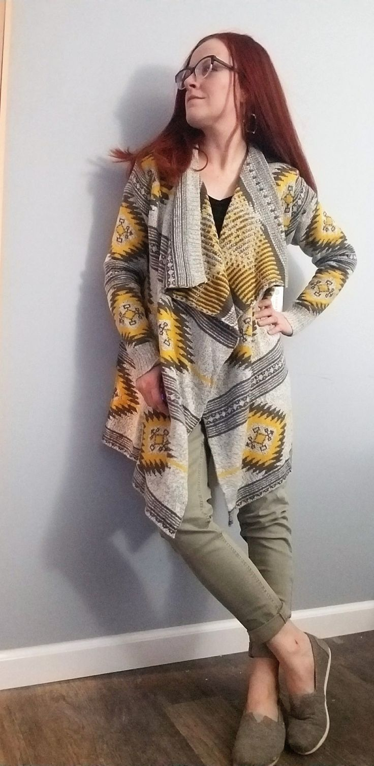 Stitch Fix Clothing Subscription box Review January 2018 - Fashionable clothing hand picked by a stylist for you. Coupon to Waive Styling Fee!