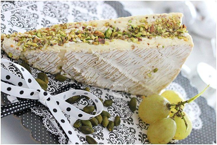 Brie de Meaux farci pistache et mascarpone