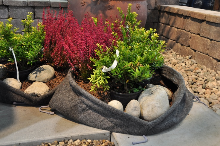 Aaltvedt Pocket Habitat er miljøvennlige plantesekker til beplantning ute som ett alternativ til blomsterkrukker i keramikk og stein.