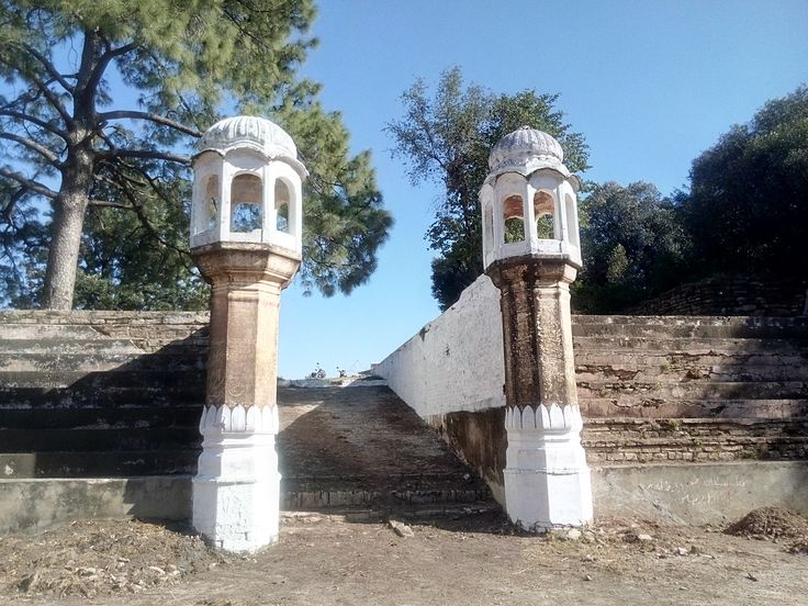 The minarets, entrance to the water tank