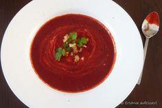 Cremige Rote Rüben Suppe mit Kokosmilch