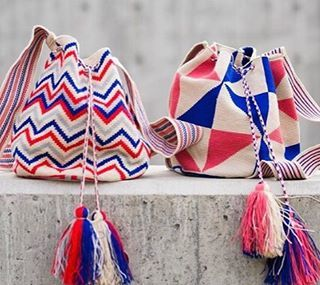 Wayuu Mochila bag Guanabana Handmade (@guanabanahandmade) в Instagram: «Two patterns, two options!!! Make your choice ! Photo @bolinawear . . . .…»