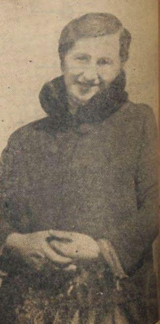 """Bijdrage van Marilou: Op de foto in de krant kijkt ze me goedmoedig aan. Hoofd tikje schuin, handen ineen gevouwen en met een vriendelijke glimlach om de lippen. In niets lijkt ze op """"waarschijnlijk de grootste misdadiger in Oss"""", zoals de president van de rechtbank haar omschrijft in 1935. Mijn Stuk van het Jaar gaat over het proces-verbaal van Hanneke van Martekus."""