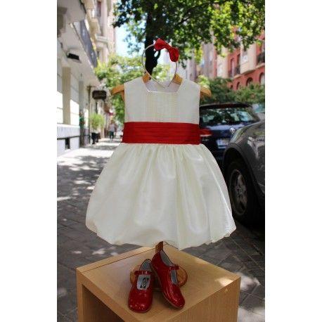 Vestido de arras marfil con falda globo. Diadema regalo