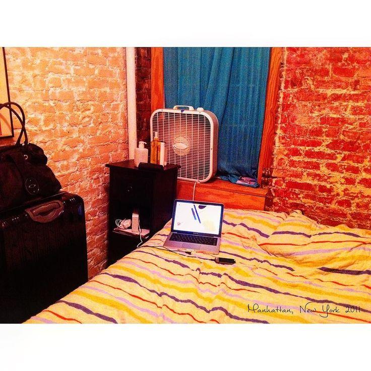 2つ目のホームステイ先のお部屋 壁はレンガだよ #Manhattan #NY #America #homestay #July #2011  #studyabroad #worldtrip #summer #tflers #tbt  #throwbackthursday #photooftheday #apartment #マンハッタン #ニューヨーク #アメリカ #留学 #ホームステイ #海外 #海外生活 #アパートメント by worldtrip375