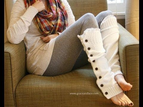 iKNITS: Lacey Legs (Button Legwarmers)