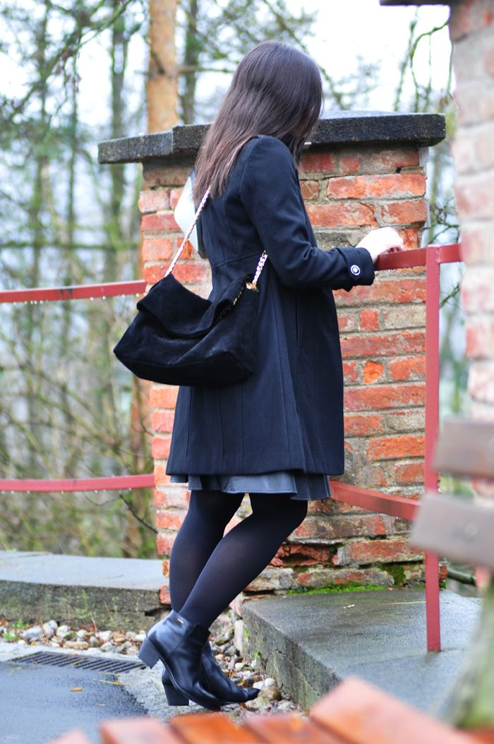 Outfit • Black & White Winter & Clarks Giveaway