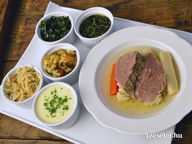 Bécsi tányérhús háromféle körettel