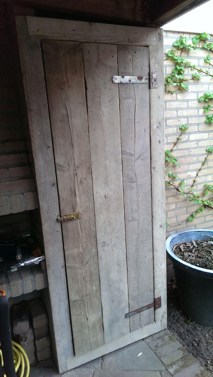 Steigerhouten deur.