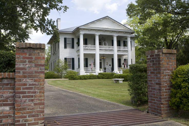 140 best southern plantation homes images on pinterest for Southern plantation houses for sale