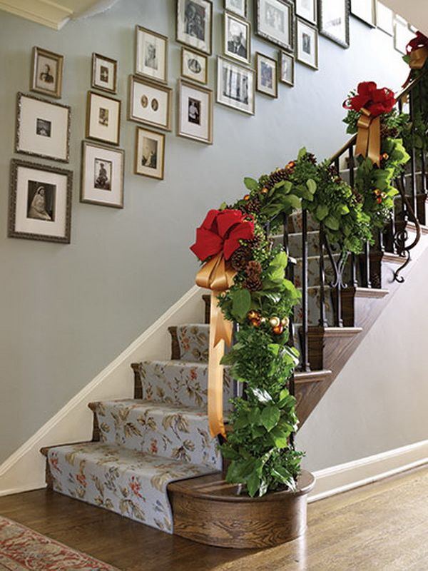 22 best ny life in a duplex staircase designing images for Hanging garland on staircase