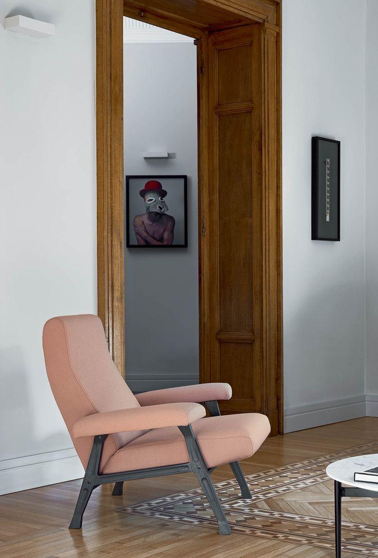 arflex - Hall armchair design Roberto Menghi The original design #arflex #hall #armchair #theoriginaldesign #staytuned #arflexhome #mood #interiorinspiration #luxury #madeinitaly #photoftheday http://www.arflex.it follow us on istagram arflex_official