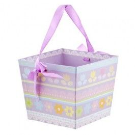 These felt baskets are perfect for the whole family to enjoy Easter Egg Hunts!
