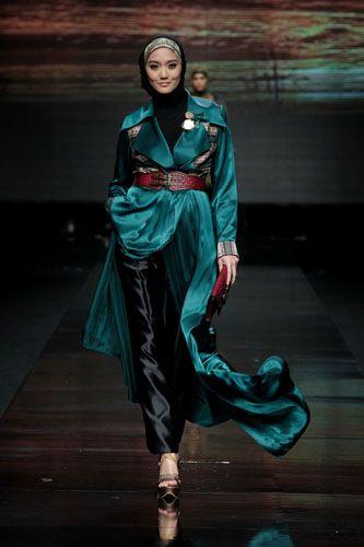 Jakarta Fashion Week 2012 - Shafira