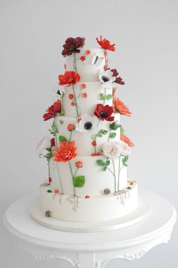 Featured Cake: Zoë Clark Cakes; www.zoeclarkcakes.com; Wedding cake idea.