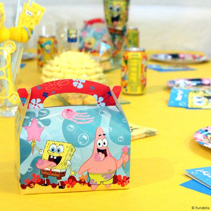 On décora la table pour l'anniversaire Bob l'éponge #party #bobleponge #spongebob #spongebobsquarepants.  ******* Image par @ciel_de_coton (retrouvez-là sur Instagram : https://instagram.com/ciel_de_coton)
