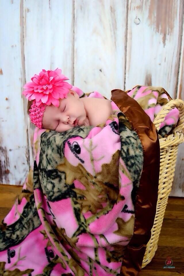 Pink Mossy Oak Camo Blanket  Baby In A Basket Pic