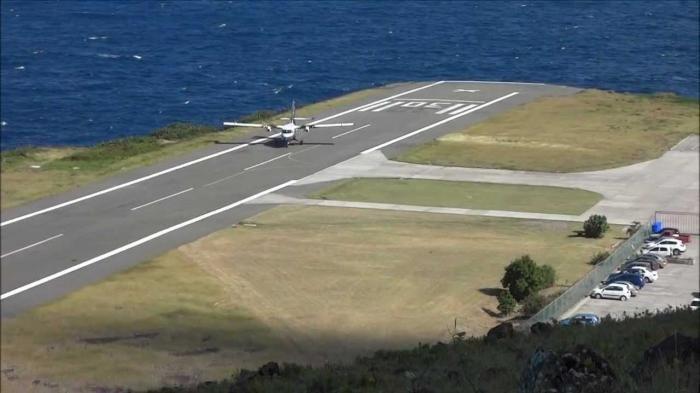 Bandara Ekstrim - Ini Dia 5 Bandar Udara Paling Menyeramkan, Kamu Berani Mendarat di Sana?