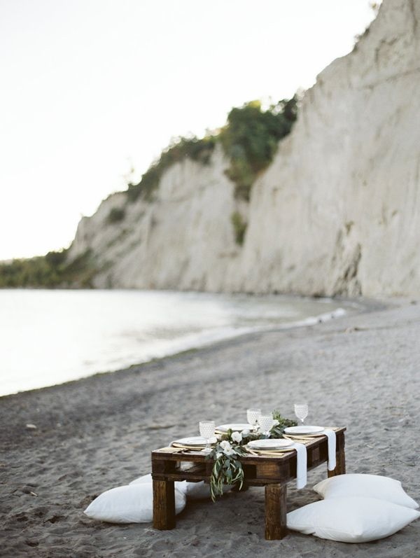beach wedding reception, photo by Jessica Rose Photography http://ruffledblog.com/romantic-beach-inspiration-in-toronto #weddingideas #beach wedding