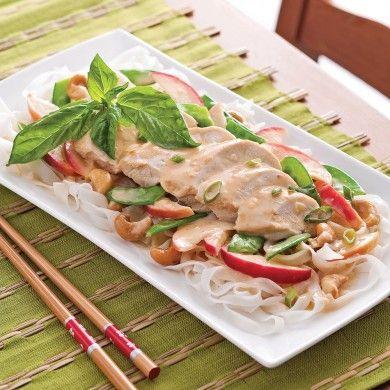 Poitrines de poulet, sauce thaï aux pommes - Pour recevoir - Recettes 5-15 - Recettes express 5/15 - Pratico Pratique
