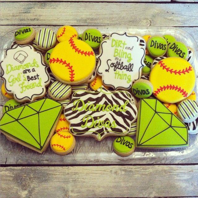 For the Diamond Divas end of season party #decoratedcookies #customcookies #softballcookies #softball