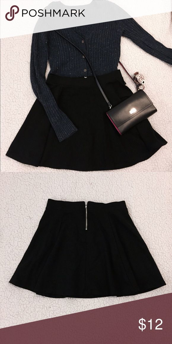 Spring🌻Black Mini Skirts 100%NEW Black Mini Skirt ✨ sell it in low price💥excellent condition   ❣️Trying to get extra money for college 🏫 every sale is a support. 👧🏻  ❗️Navy Color Also Available, sweater also for sale, go to my closet to see more💕 Forever 21 Skirts Mini
