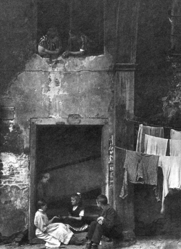 Berlin Krögel um 1900, Fotograf unbekannt. Heinrich Zille?