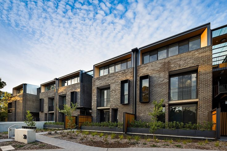 Lowanna Apartments, Braddon - Stewart Architecture. Winner of The Sydney Ancher Award for Residential Architecture - Multiple Housing, AIA ACT Chapter. Photo by Stefan Postles